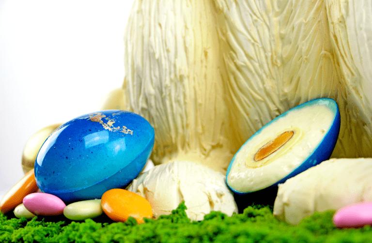 White Chocolate Foam Easter Eggs